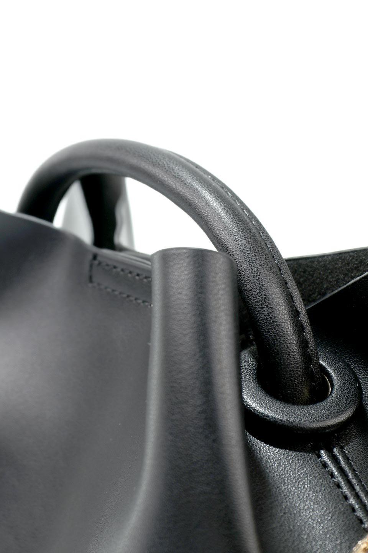 meliebiancoのAnnie(Black)ポーチ付き・ミニハンドバッグ/海外ファッション好きにオススメのインポートバッグとかばん、MelieBianco(メリービアンコ)のバッグやショルダーバッグ。ストラップを付ければショルダーバッグにもなる2Wayタイプのミニハンドバッグ。小さなボディの中には同色のポーチが付属します。/main-8