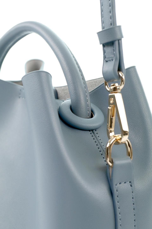 meliebiancoのAnnie(Slate)ポーチ付き・ミニハンドバッグ/海外ファッション好きにオススメのインポートバッグとかばん、MelieBianco(メリービアンコ)のバッグやショルダーバッグ。ストラップを付ければショルダーバッグにもなる2Wayタイプのミニハンドバッグ。小さなボディの中には同色のポーチが付属します。/main-8