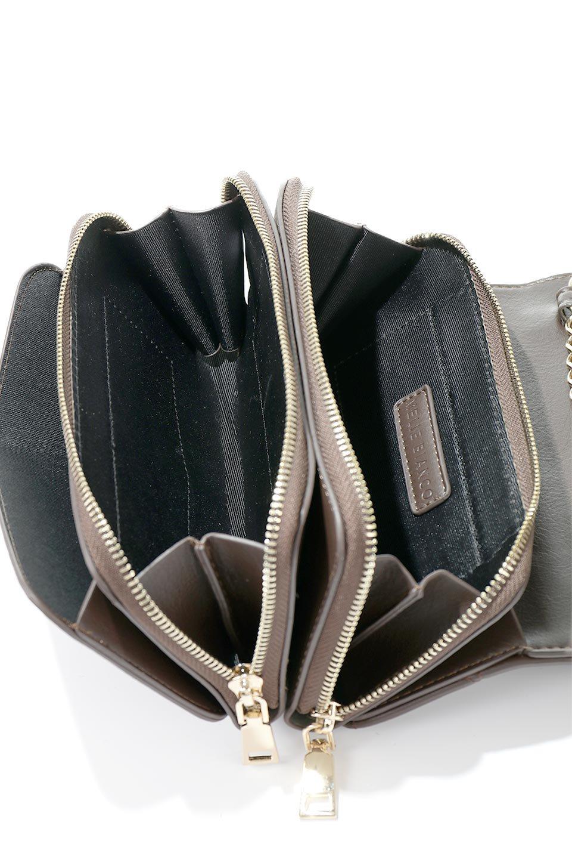 meliebiancoのBrianna(Chocolate)キルティングレザー・ミニショルダーバッグ/海外ファッション好きにオススメのインポートバッグとかばん、MelieBianco(メリービアンコ)のバッグやショルダーバッグ。メインの収納部分が2つある整理上手なミニショルダーバッグ。両サイドにもポケットがあり、ちょっとしたオーガナイザーとしても活躍するバッグです。/main-13