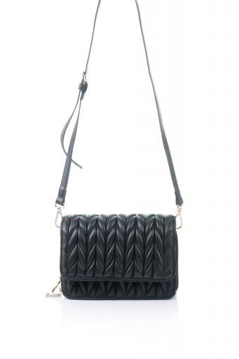 海外ファッションや大人カジュアルのためのインポートバッグ、かばんmelie bianco(メリービアンコ)のGiselle (Black) ブレイドキルティング・ミニショルダーバッグ