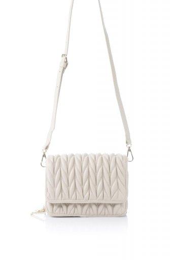 海外ファッションや大人カジュアルのためのインポートバッグ、かばんmelie bianco(メリービアンコ)のGiselle (Bone) ブレイドキルティング・ミニショルダーバッグ
