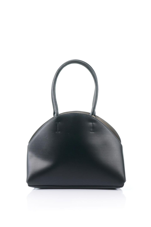 meliebiancoのAusten(Black)ポーチ付き・ラウンドハンドバッグ/海外ファッション好きにオススメのインポートバッグとかばん、MelieBianco(メリービアンコ)のバッグやショルダーバッグ。ミニマルデザインのポーチ付きハンドバッグ。シンプルでコーデの邪魔をしない上品な雰囲気を醸し出すアイテムです。
