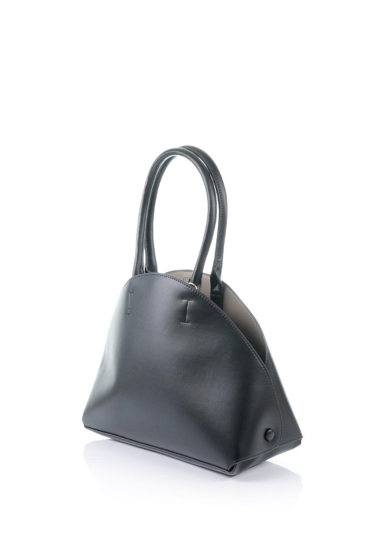 meliebiancoのAusten(Black)ポーチ付き・ラウンドハンドバッグ/海外ファッション好きにオススメのインポートバッグとかばん、MelieBianco(メリービアンコ)のバッグやショルダーバッグ。ミニマルデザインのポーチ付きハンドバッグ。シンプルでコーデの邪魔をしない上品な雰囲気を醸し出すアイテムです。/main-1