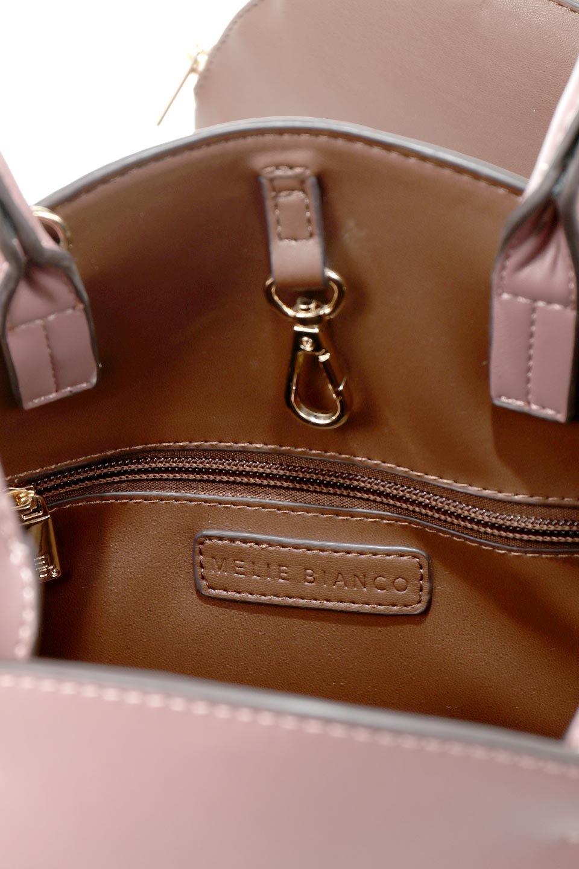 meliebiancoのAusten(Rose)ポーチ付き・ラウンドハンドバッグ/海外ファッション好きにオススメのインポートバッグとかばん、MelieBianco(メリービアンコ)のバッグやショルダーバッグ。ミニマルデザインのポーチ付きハンドバッグ。シンプルでコーデの邪魔をしない上品な雰囲気を醸し出すアイテムです。/main-12