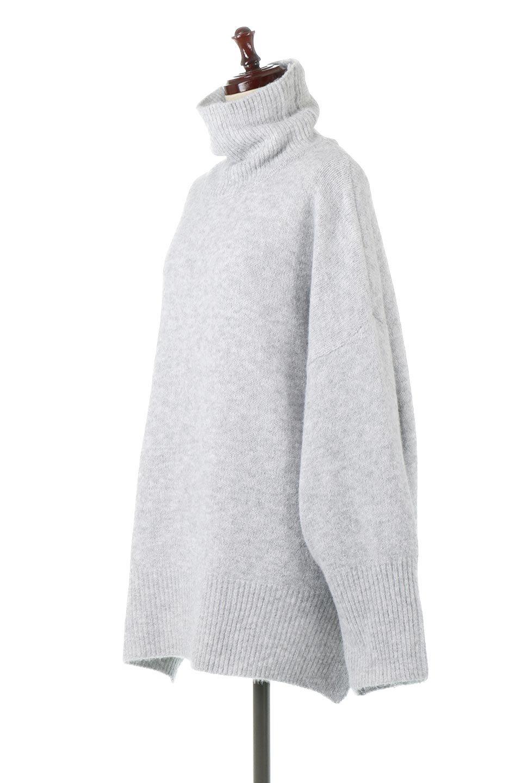 MixedKnitHighNeckPullOverTopミックス柄・ハイネックセーター大人カジュアルに最適な海外ファッションのothers(その他インポートアイテム)のトップスやニット・セーター。もちふわで軽やかなブークレーニットのプルオーバートップス。ドロップショルダーとルーズシルエットが今季らしく抜け感たっぷりな着こなしができます。/main-1