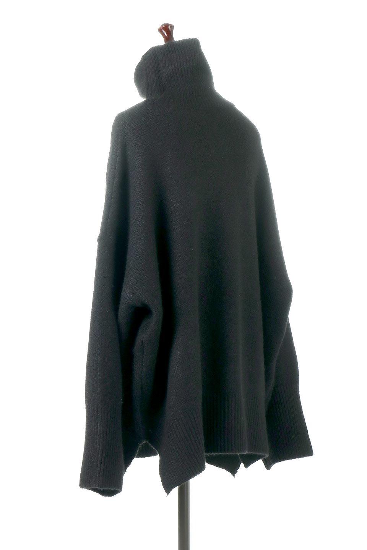 MixedKnitHighNeckPullOverTopミックス柄・ハイネックセーター大人カジュアルに最適な海外ファッションのothers(その他インポートアイテム)のトップスやニット・セーター。もちふわで軽やかなブークレーニットのプルオーバートップス。ドロップショルダーとルーズシルエットが今季らしく抜け感たっぷりな着こなしができます。/main-13