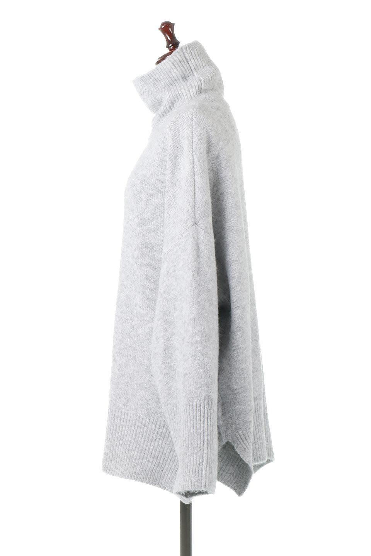 MixedKnitHighNeckPullOverTopミックス柄・ハイネックセーター大人カジュアルに最適な海外ファッションのothers(その他インポートアイテム)のトップスやニット・セーター。もちふわで軽やかなブークレーニットのプルオーバートップス。ドロップショルダーとルーズシルエットが今季らしく抜け感たっぷりな着こなしができます。/main-2