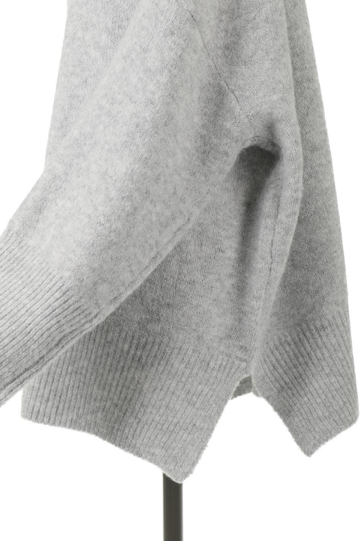 MixedKnitHighNeckPullOverTopミックス柄・ハイネックセーター大人カジュアルに最適な海外ファッションのothers(その他インポートアイテム)のトップスやニット・セーター。もちふわで軽やかなブークレーニットのプルオーバートップス。ドロップショルダーとルーズシルエットが今季らしく抜け感たっぷりな着こなしができます。/main-20