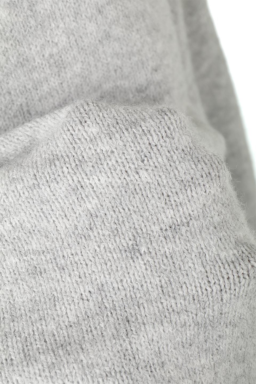 MixedKnitHighNeckPullOverTopミックス柄・ハイネックセーター大人カジュアルに最適な海外ファッションのothers(その他インポートアイテム)のトップスやニット・セーター。もちふわで軽やかなブークレーニットのプルオーバートップス。ドロップショルダーとルーズシルエットが今季らしく抜け感たっぷりな着こなしができます。/main-22