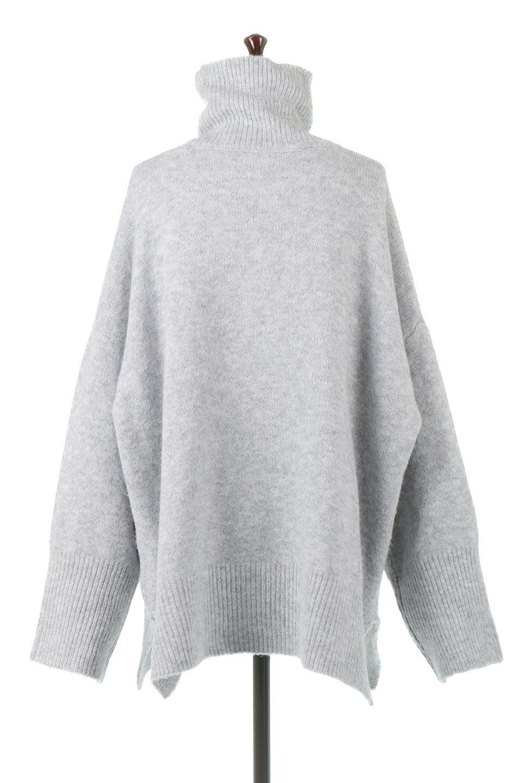 MixedKnitHighNeckPullOverTopミックス柄・ハイネックセーター大人カジュアルに最適な海外ファッションのothers(その他インポートアイテム)のトップスやニット・セーター。もちふわで軽やかなブークレーニットのプルオーバートップス。ドロップショルダーとルーズシルエットが今季らしく抜け感たっぷりな着こなしができます。/main-4