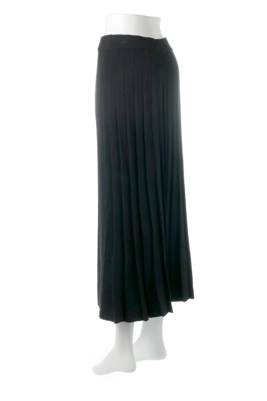 PleatedRibKnitSkirtリブニット・プリーツスカート大人カジュアルに最適な海外ファッションのothers(その他インポートアイテム)のボトムやスカート。清涼感があり、上品な雰囲気なレーヨンナイロンのニットプリーツスカート。リラックス感のあるシルエットで身体にすんなりと馴染んでくれます。/main-8