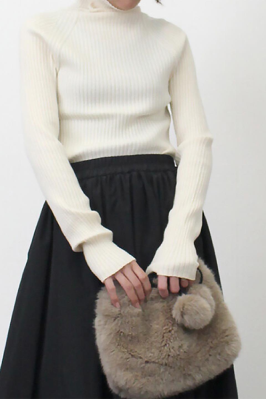 RibKnitTurtleNeckTopリブニット・タートルネック大人カジュアルに最適な海外ファッションのothers(その他インポートアイテム)のトップスやニット・セーター。重ね着に活躍するシンプル・リブタートルニットのトップス。やや長めの袖でクシュッと感が可愛いアイテムです。/main-23