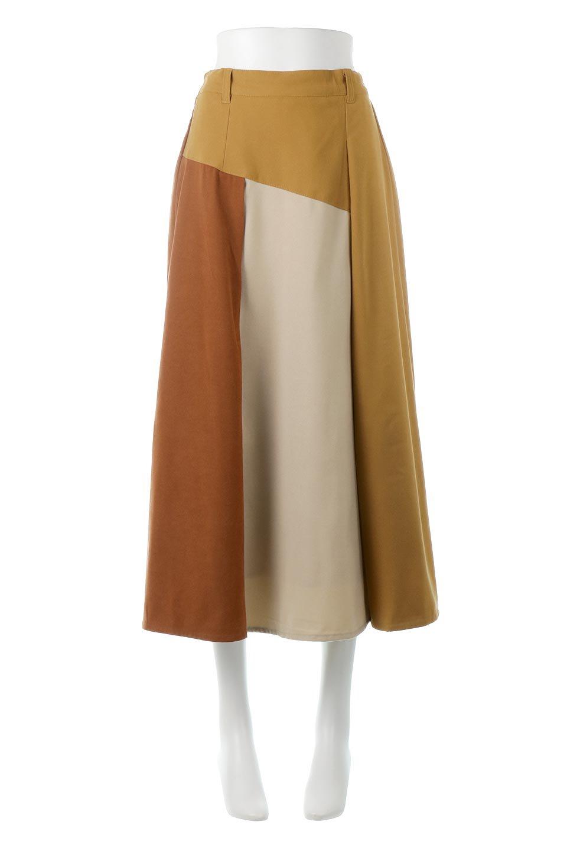 EcoSuedePanelSkirtフェイクスウェード・切り替えスカート大人カジュアルに最適な海外ファッションのothers(その他インポートアイテム)のボトムやスカート。絶妙なカラーリングが目を引くフェイクスウェードの配色ロングスカート。秋冬に欲しくなる色を全て使ったような合わせやすいアイテム。