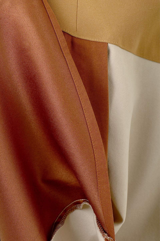 EcoSuedePanelSkirtフェイクスウェード・切り替えスカート大人カジュアルに最適な海外ファッションのothers(その他インポートアイテム)のボトムやスカート。絶妙なカラーリングが目を引くフェイクスウェードの配色ロングスカート。秋冬に欲しくなる色を全て使ったような合わせやすいアイテム。/main-23