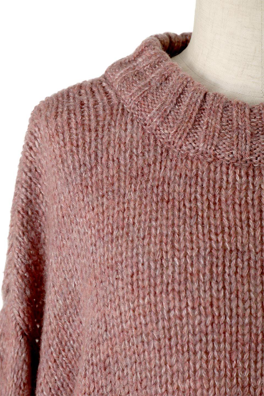FauxMohairKnitPullOverTopモヘアタッチ・ニットプルオーバー大人カジュアルに最適な海外ファッションのothers(その他インポートアイテム)のトップスやニット・セーター。モヘアのような優しい触り心地のセーター。首元、袖口にはボリュームのあるリブニットデザインで温かみを感じるデザイン。/main-12