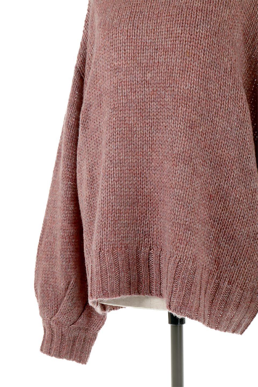 FauxMohairKnitPullOverTopモヘアタッチ・ニットプルオーバー大人カジュアルに最適な海外ファッションのothers(その他インポートアイテム)のトップスやニット・セーター。モヘアのような優しい触り心地のセーター。首元、袖口にはボリュームのあるリブニットデザインで温かみを感じるデザイン。/main-14