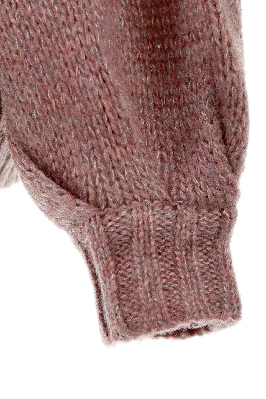 FauxMohairKnitPullOverTopモヘアタッチ・ニットプルオーバー大人カジュアルに最適な海外ファッションのothers(その他インポートアイテム)のトップスやニット・セーター。モヘアのような優しい触り心地のセーター。首元、袖口にはボリュームのあるリブニットデザインで温かみを感じるデザイン。/main-16