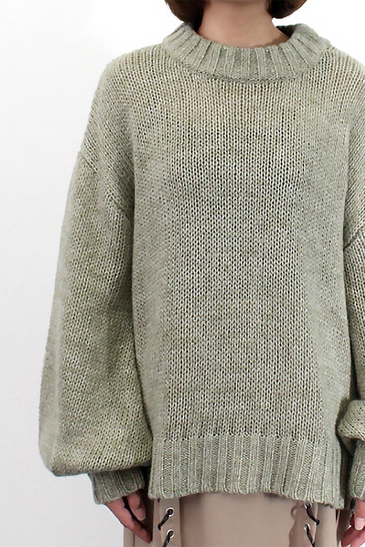 FauxMohairKnitPullOverTopモヘアタッチ・ニットプルオーバー大人カジュアルに最適な海外ファッションのothers(その他インポートアイテム)のトップスやニット・セーター。モヘアのような優しい触り心地のセーター。首元、袖口にはボリュームのあるリブニットデザインで温かみを感じるデザイン。/main-19