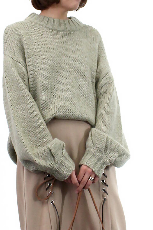 FauxMohairKnitPullOverTopモヘアタッチ・ニットプルオーバー大人カジュアルに最適な海外ファッションのothers(その他インポートアイテム)のトップスやニット・セーター。モヘアのような優しい触り心地のセーター。首元、袖口にはボリュームのあるリブニットデザインで温かみを感じるデザイン。/main-20