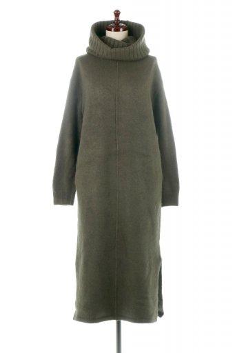 海外ファッションや大人カジュアルに最適なインポートセレクトアイテムのSoft Knit Side Slit Dress With Snood スヌード付き・もちもちニットワンピース