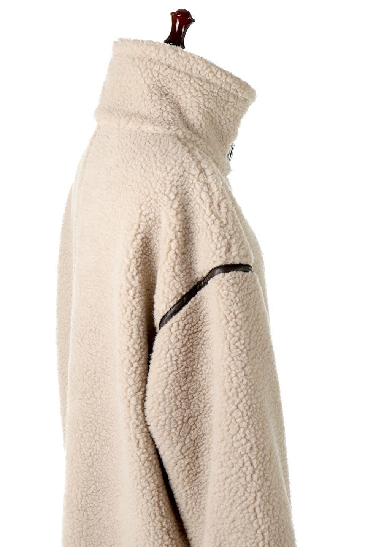 ShearlingFleeceStrappedNeckCoatボア&パイピング・ハイネックコート大人カジュアルに最適な海外ファッションのothers(その他インポートアイテム)のアウターやコート。首元まで暖かい、ミリタリー調のストラップが可愛いハイネックのボアロングコート。要所要所に施した合皮パイピングデザインがポイントになり、全体をスタイリッシュな雰囲気に仕上げてくれます。/main-18