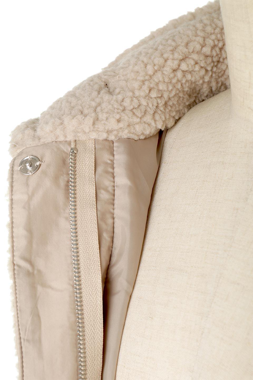 ShearlingFleeceStrappedNeckCoatボア&パイピング・ハイネックコート大人カジュアルに最適な海外ファッションのothers(その他インポートアイテム)のアウターやコート。首元まで暖かい、ミリタリー調のストラップが可愛いハイネックのボアロングコート。要所要所に施した合皮パイピングデザインがポイントになり、全体をスタイリッシュな雰囲気に仕上げてくれます。/main-25