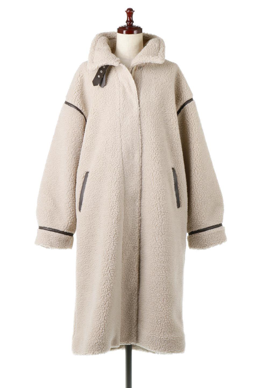 ShearlingFleeceStrappedNeckCoatボア&パイピング・ハイネックコート大人カジュアルに最適な海外ファッションのothers(その他インポートアイテム)のアウターやコート。首元まで暖かい、ミリタリー調のストラップが可愛いハイネックのボアロングコート。要所要所に施した合皮パイピングデザインがポイントになり、全体をスタイリッシュな雰囲気に仕上げてくれます。/main-5