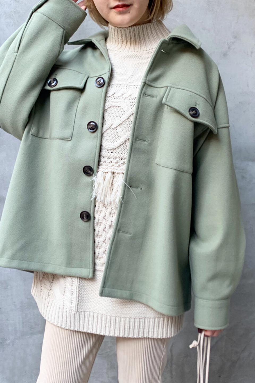 EcoWoolOversizedShirtJacketフェイクウール・オーバーサイズシャツジャケット大人カジュアルに最適な海外ファッションのothers(その他インポートアイテム)のアウターやコート。3シーズン着回せるあると便利なオーバーサイズシャツジャケット。ウォーム感のあるしっかりとした素材感で、カラーバリエーションも豊富。/main-24