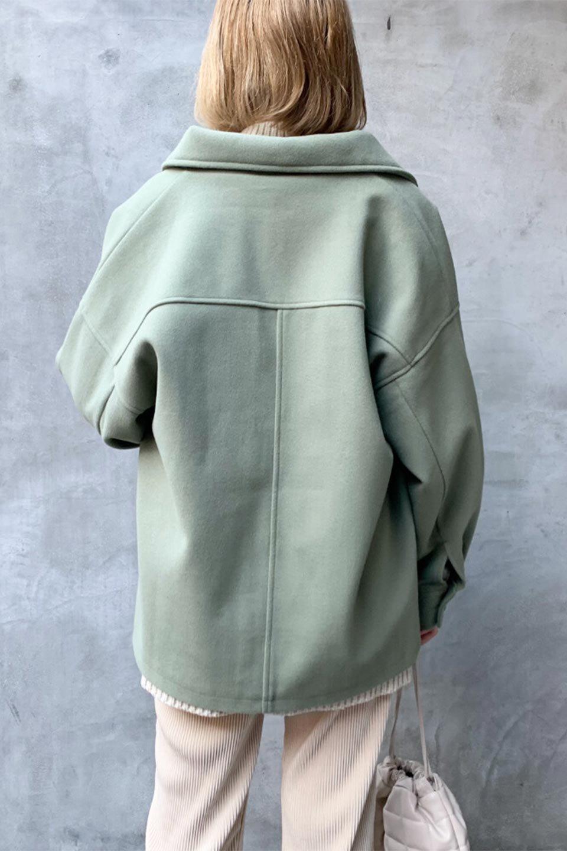 EcoWoolOversizedShirtJacketフェイクウール・オーバーサイズシャツジャケット大人カジュアルに最適な海外ファッションのothers(その他インポートアイテム)のアウターやコート。3シーズン着回せるあると便利なオーバーサイズシャツジャケット。ウォーム感のあるしっかりとした素材感で、カラーバリエーションも豊富。/main-27