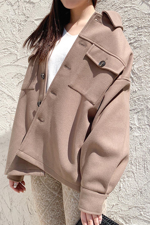 EcoWoolOversizedShirtJacketフェイクウール・オーバーサイズシャツジャケット大人カジュアルに最適な海外ファッションのothers(その他インポートアイテム)のアウターやコート。3シーズン着回せるあると便利なオーバーサイズシャツジャケット。ウォーム感のあるしっかりとした素材感で、カラーバリエーションも豊富。/main-29