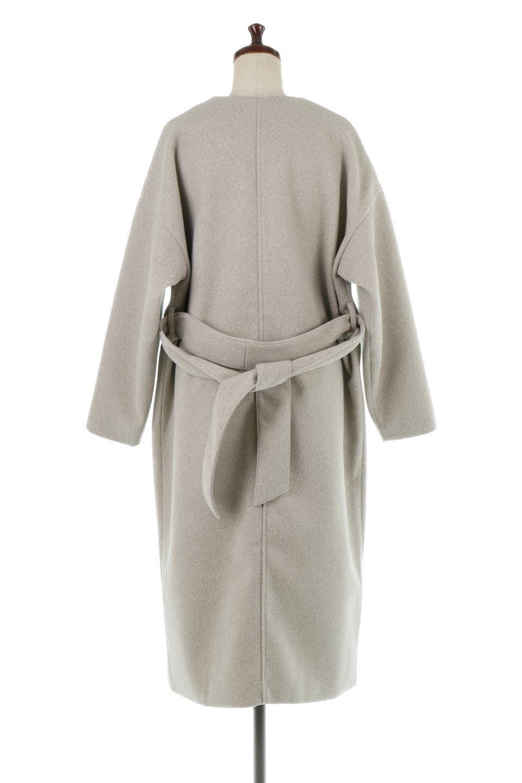 EcoWoolCollarlessLongCoatフェイクウール・ノーカラーコート大人カジュアルに最適な海外ファッションのothers(その他インポートアイテム)のアウターやコート。暖かみのあるフェイクウールを使用したノーカラーコート。カジュアル過ぎないノーカラーデザインが上品に魅せ、スッキリとしたシルエットで落ち着いた大人コーデには欠かせません。/main-4