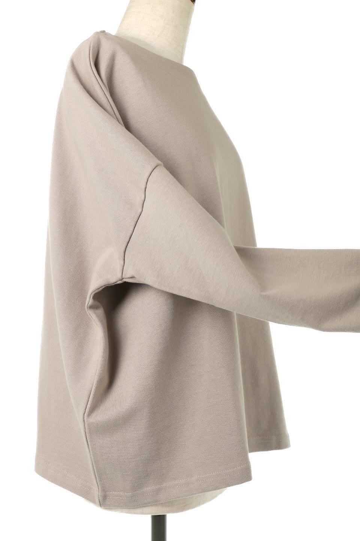 CottonSweatBoxSilhouetteTopボックスシルエット・長袖スウェット大人カジュアルに最適な海外ファッションのothers(その他インポートアイテム)のトップスやカットソー。肉厚なコットン100%の生地を使ったボックスシルエットのカットソー。ワイドなシルエットながら短めの丈ですっきりとした印象になります。/main-24