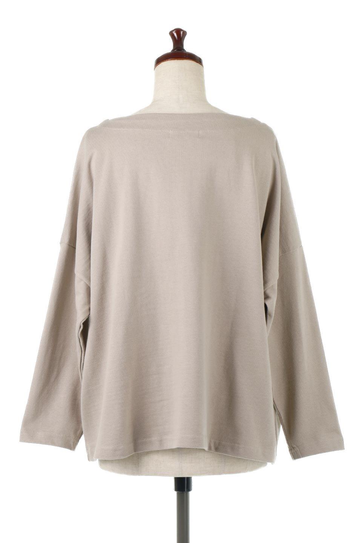 CottonSweatBoxSilhouetteTopボックスシルエット・長袖スウェット大人カジュアルに最適な海外ファッションのothers(その他インポートアイテム)のトップスやカットソー。肉厚なコットン100%の生地を使ったボックスシルエットのカットソー。ワイドなシルエットながら短めの丈ですっきりとした印象になります。/main-4
