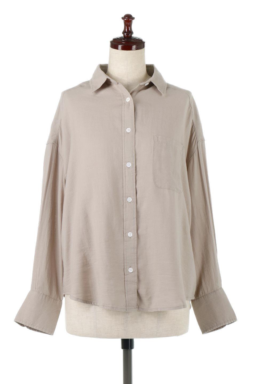 LooseFitLongSleeveLinenShirtsコットンリネン・ベーシックシャツ大人カジュアルに最適な海外ファッションのothers(その他インポートアイテム)のトップスやシャツ・ブラウス。コットン、リネン、レーヨンを使用し、ナチュラル素材にしなやかさをプラスするレーヨンを混ぜたルーズフィットスタイルのシャツ。くたっと柔らかでベーシックなスタイルの着回しやすいアイテムです。/main-5