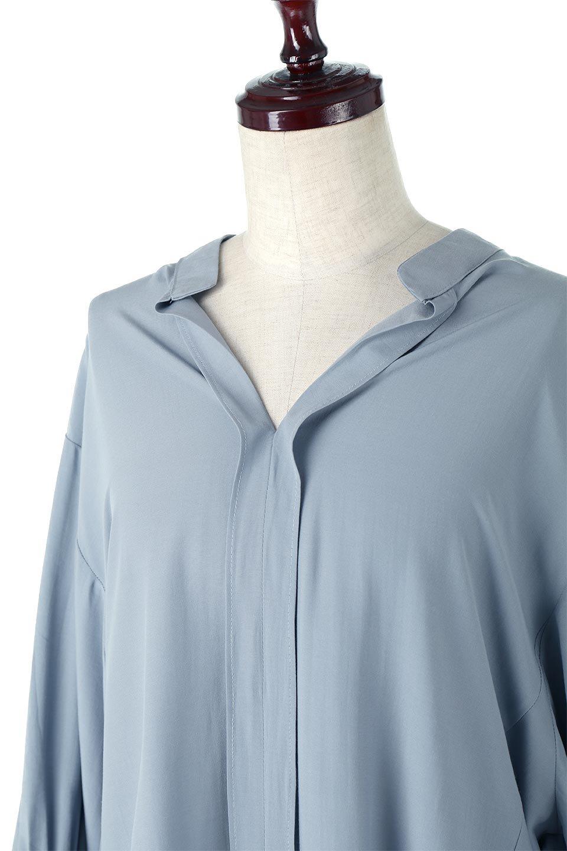 FrillSleeveSlitNeckBlouse袖フリル・キーネックブラウス大人カジュアルに最適な海外ファッションのothers(その他インポートアイテム)のトップスやシャツ・ブラウス。さりげない袖のフリルが可愛らしすぎずオトナな印象のブラウス。くびもとはVネックになっているのですっきりして、パンツにもスカートにも合わせやすい丈感。/main-15