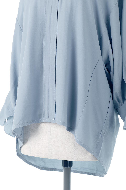 FrillSleeveSlitNeckBlouse袖フリル・キーネックブラウス大人カジュアルに最適な海外ファッションのothers(その他インポートアイテム)のトップスやシャツ・ブラウス。さりげない袖のフリルが可愛らしすぎずオトナな印象のブラウス。くびもとはVネックになっているのですっきりして、パンツにもスカートにも合わせやすい丈感。/main-19