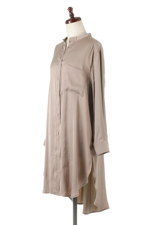 SatinLongShirtsTunicロング丈・サテンシャツチュニック大人カジュアルに最適な海外ファッションのothers(その他インポートアイテム)のトップスやシャツ・ブラウス。普段のコーディネートにプラスするだけで可愛いコーデが完成するツヤ感のあるシャツチュニック。お尻までしっかりと隠れるオーバーサイズがかわいく、いろいろと着こなしができるアイテム。/main-1