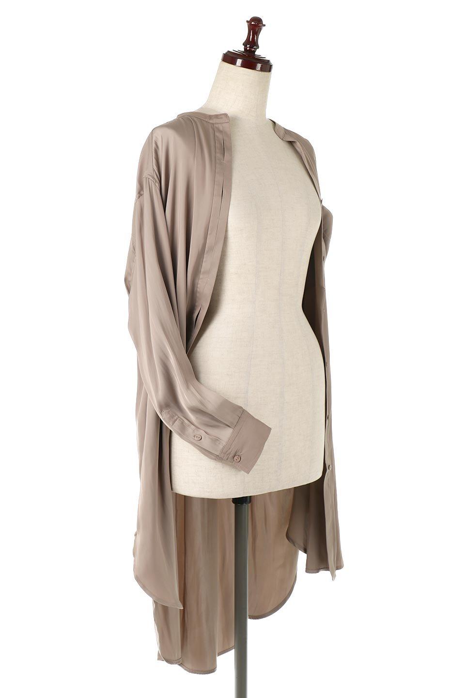 SatinLongShirtsTunicロング丈・サテンシャツチュニック大人カジュアルに最適な海外ファッションのothers(その他インポートアイテム)のトップスやシャツ・ブラウス。普段のコーディネートにプラスするだけで可愛いコーデが完成するツヤ感のあるシャツチュニック。お尻までしっかりと隠れるオーバーサイズがかわいく、いろいろと着こなしができるアイテム。/main-13