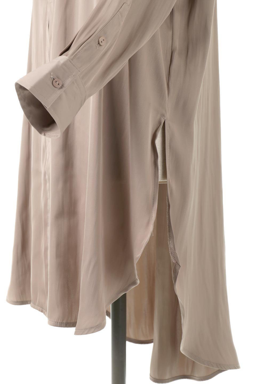 SatinLongShirtsTunicロング丈・サテンシャツチュニック大人カジュアルに最適な海外ファッションのothers(その他インポートアイテム)のトップスやシャツ・ブラウス。普段のコーディネートにプラスするだけで可愛いコーデが完成するツヤ感のあるシャツチュニック。お尻までしっかりと隠れるオーバーサイズがかわいく、いろいろと着こなしができるアイテム。/main-17