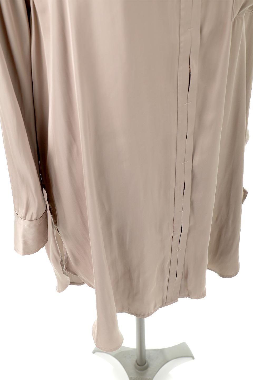 SatinLongShirtsTunicロング丈・サテンシャツチュニック大人カジュアルに最適な海外ファッションのothers(その他インポートアイテム)のトップスやシャツ・ブラウス。普段のコーディネートにプラスするだけで可愛いコーデが完成するツヤ感のあるシャツチュニック。お尻までしっかりと隠れるオーバーサイズがかわいく、いろいろと着こなしができるアイテム。/main-18