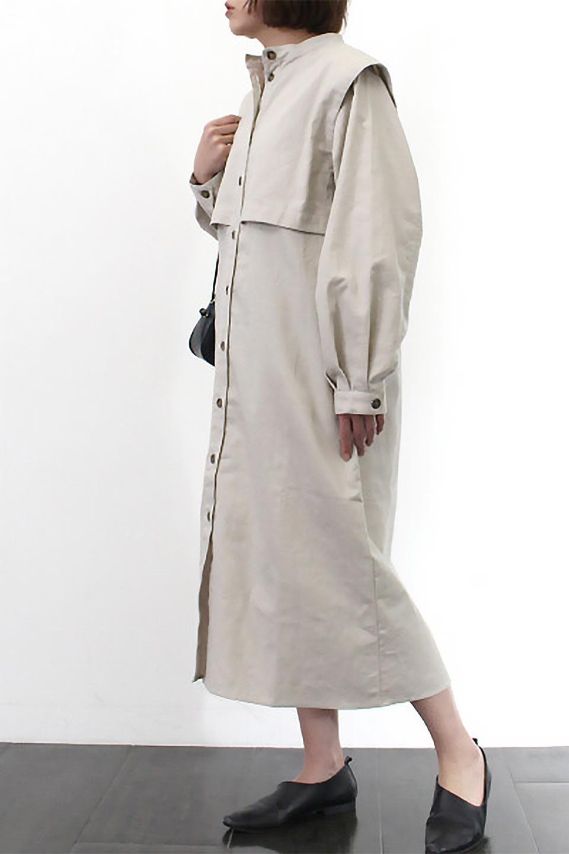 TwillFauxLayeredFullOpenDressコットンツイル・ワンピースコート大人カジュアルに最適な海外ファッションのothers(その他インポートアイテム)のアウターやコート。クラシカルなヨークデザインが新鮮なコットンツイルのワンピースコート。シルエットが綺麗に見えるコットンツイルのハリ感のある生地を使用。/main-24