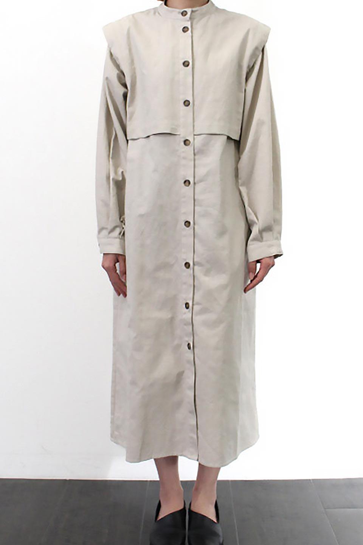 TwillFauxLayeredFullOpenDressコットンツイル・ワンピースコート大人カジュアルに最適な海外ファッションのothers(その他インポートアイテム)のアウターやコート。クラシカルなヨークデザインが新鮮なコットンツイルのワンピースコート。シルエットが綺麗に見えるコットンツイルのハリ感のある生地を使用。/main-26