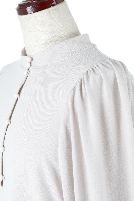 VolumeSleeveSoftBlouseボリュームスリーブ・起毛ブラウス大人カジュアルに最適な海外ファッションのothers(その他インポートアイテム)のトップスやシャツ・ブラウス。ふんわりとした起毛のカットソー生地を使ったブラウス。ボリュームスリーブは肩の切替しにたっぷりとギャザーを入れ、落ち感を綺麗に出してくれます。/main-11