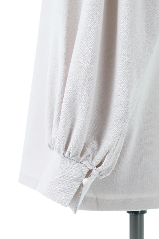 VolumeSleeveSoftBlouseボリュームスリーブ・起毛ブラウス大人カジュアルに最適な海外ファッションのothers(その他インポートアイテム)のトップスやシャツ・ブラウス。ふんわりとした起毛のカットソー生地を使ったブラウス。ボリュームスリーブは肩の切替しにたっぷりとギャザーを入れ、落ち感を綺麗に出してくれます。/main-15
