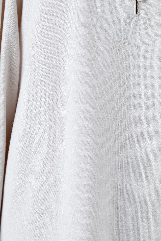 VolumeSleeveSoftBlouseボリュームスリーブ・起毛ブラウス大人カジュアルに最適な海外ファッションのothers(その他インポートアイテム)のトップスやシャツ・ブラウス。ふんわりとした起毛のカットソー生地を使ったブラウス。ボリュームスリーブは肩の切替しにたっぷりとギャザーを入れ、落ち感を綺麗に出してくれます。/main-16