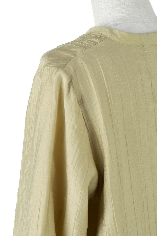 PinTuckFlareLongDressピンタック・ロングワンピース大人カジュアルに最適な海外ファッションのothers(その他インポートアイテム)のワンピースやマキシワンピース。広がりを抑えたシルエットに仕上げ、全体を落ち着いた雰囲気に落とし込んだワンピース。フロントは細かいタックを施したクセのないデザインで、胸元の開きは深めにし、すっきりした印象に。/main-13