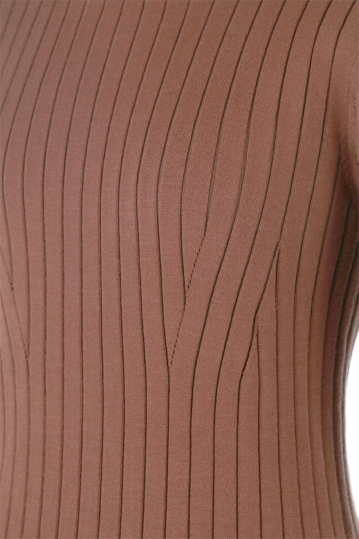 WideRibbedSummerKnitTopワイドリブ・サマーニットトップス大人カジュアルに最適な海外ファッションのothers(その他インポートアイテム)のトップスやニット・セーター。夏でも着れるシンプルデザインのサマーニット。バストラインがきれいに見えるカットラインがポイント。/main-16