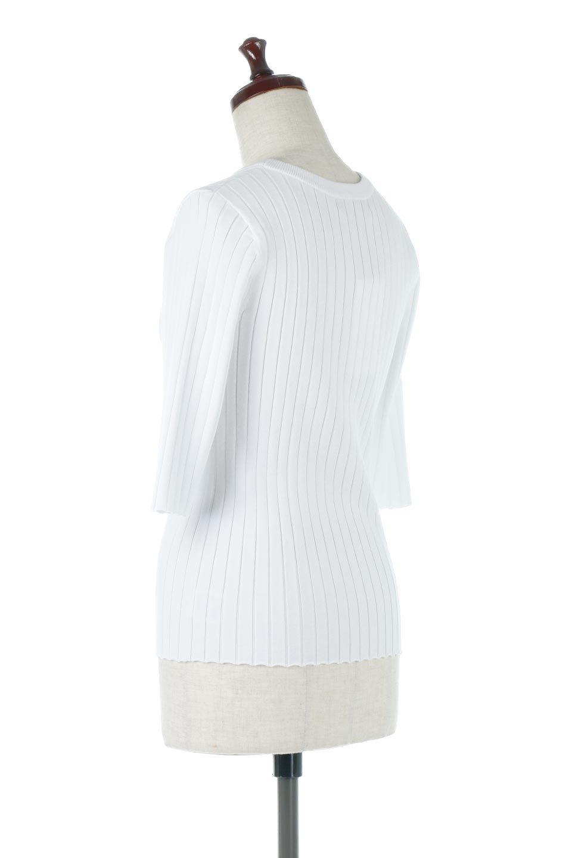 WideRibbedSummerKnitTopワイドリブ・サマーニットトップス大人カジュアルに最適な海外ファッションのothers(その他インポートアイテム)のトップスやニット・セーター。夏でも着れるシンプルデザインのサマーニット。バストラインがきれいに見えるカットラインがポイント。/main-8