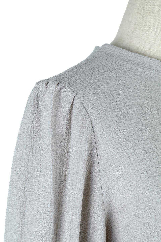 2WayRippleBlouse2ウェイ・リップル加工ブラウス大人カジュアルに最適な海外ファッションのothers(その他インポートアイテム)のトップスやシャツ・ブラウス。凹凸感があり肌触りの良いリップル生地を使用した7分袖のブラウス。シンプルデザインですが前後ろどちらでも着用可能な2Wayタイプ。/main-17