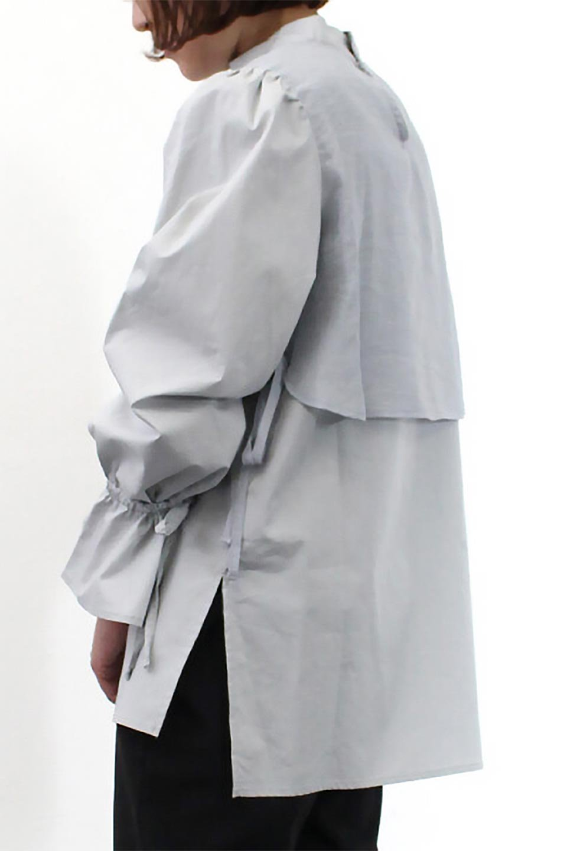 FauxLayeredCandySleeveBlouseシアーサテン・ドッキングブラウス大人カジュアルに最適な海外ファッションのothers(その他インポートアイテム)のトップスやシャツ・ブラウス。春らしい軽やかなシアー感のあるサテンをドッキングさせた長袖ブラウス。ニットベストとのドッキングブラウスよりも春夏向けのアイテム。/main-25